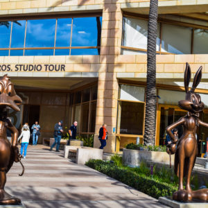 hollywood tour to warner brothers